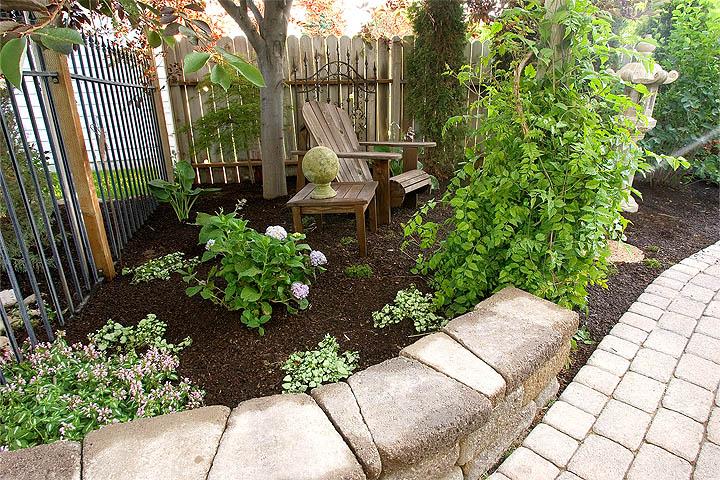 gardening back yard getaway 01